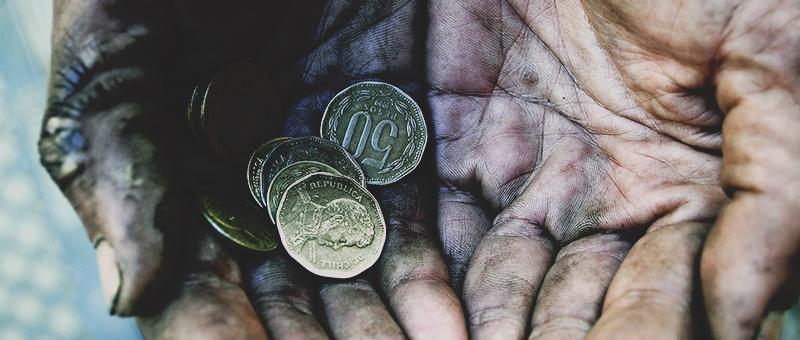 23 de Julio de 2012/VALPARAISO El ministro de Desarrollo Social dio esta semana los resultado de la encuesta casen  donde refleja una  baja al 14% de la pobreza. FOTO: PABLO OVALLE ISASMENDI /AGENCIAUNO.
